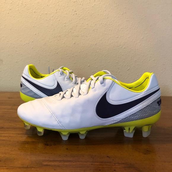 detailed look b99a5 18f91 Nike Tiempo Legend VI FG Womens Soccer Cleats Sz 6